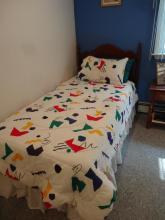 2 Twin Size Bed