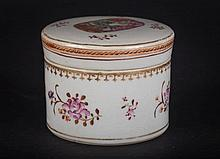 A famille rose box China, 18th Century