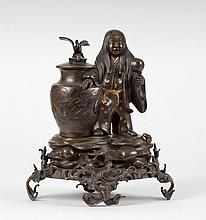 A bronze group Japan, 19th Century
