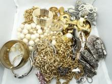 HUGE UNSEARCHED Lot of Vintage Jewelry From Celebrity Estate. This bag is 100% GUARANTEED UNSEARCHED
