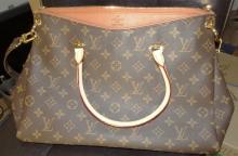 Authentic Louis Vuitton Monogram Tote Shoulder Handbag