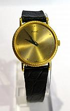PIAGET. Montre. (long. 18 cm, diam. 22 mm).