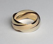 Bague trois anneaux, dans le goût du modèle