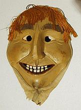 Masque, canton de St-Gall, XXe s. (haut. 23.5 cm)