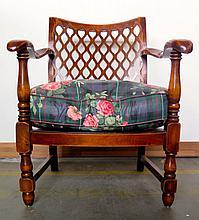 Paire de fauteuils, style colonial, moderne.