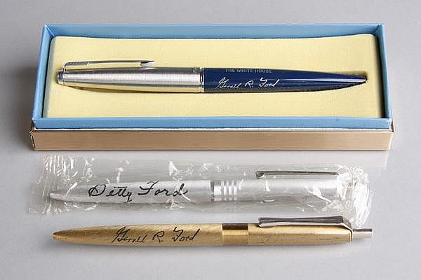 (3) Ford White House Presidential pens
