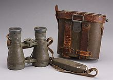 WWI German Voigtlander binoculars with case