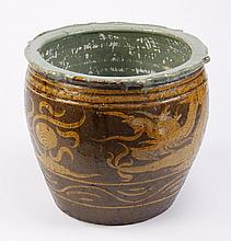 Chinese export earthenware fishbowl
