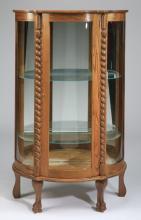 American oak vitrine, early 20th c,, 60
