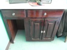 Cabinet/Counter & Mirror,