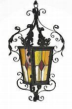 Lanterne de Heimatstil Genève circa 1900 fer forgé et vitraux polychromes h