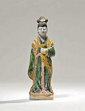 Servante   Chine, dynastie Ming (1368-1644), XVIe s.  Terre cuite à