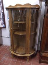 Very Nice Oak Curved Glass Curio Cabinet!