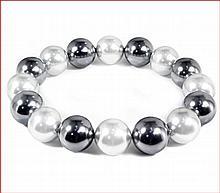 Shell Pearl Stretch Bracelet - Dark Gray & Light Gray (12 mm)
