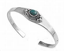 Silver Bangle Bracelet w/Turquoise
