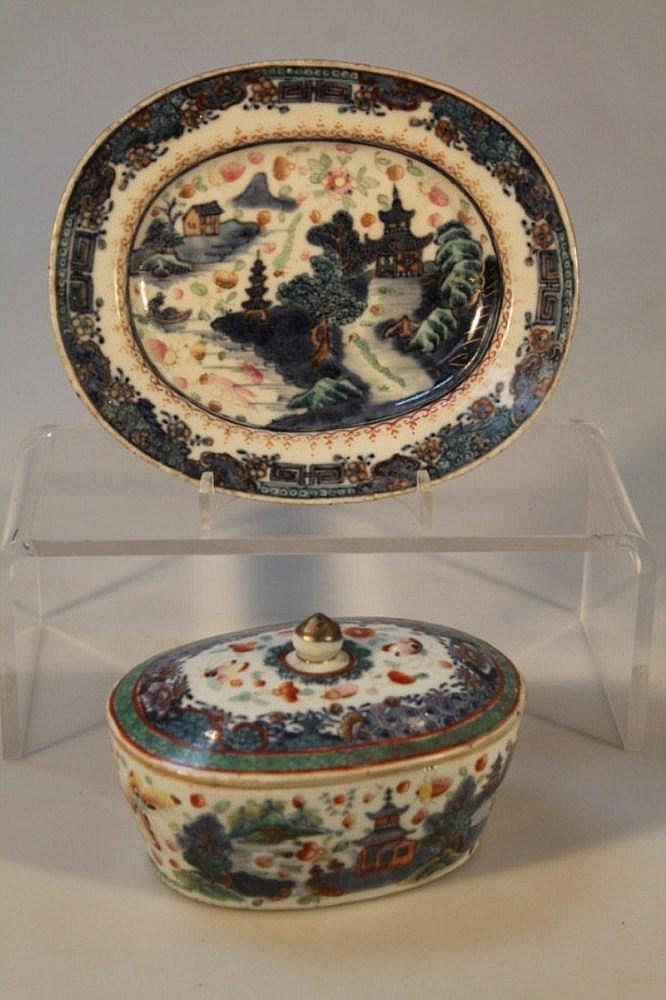 A late 18thC Chinese export butter dish, decorated