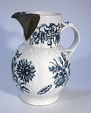 An 18thC Worcester jug, in blue and white decorat