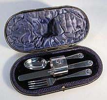 A George V cased silver cutlery set, by Wakely