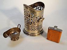 A George V silver cream jug, by Thomas Bradbury