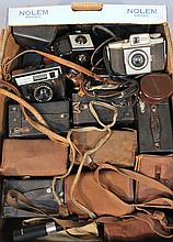 Various cameras, to include boxed cameras, Voighender light meter case, 9cm high, other cameras, acc