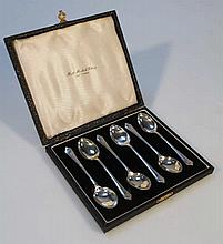 A cased set of six George VI silver teaspoons, by