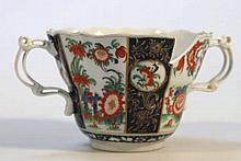 A Dr Wall period Worcester loving cup, with a sha