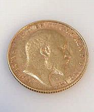 An Edwardian gold half sovereign, dated 1906, 2cm