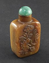 A Chinese brown jasper snuff bottle, 1800-1900, 4.9cm