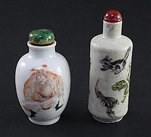 Two Chinese enamelled porcelain snuff bottles, 1830-1900, 6cm