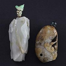 Two Chinese jade snuff bottles, 18th / 19th century, 5.1cm