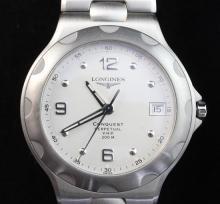Gentleman's stainless steel Longines Conquest Perpetual VHP quartz wrist watch,