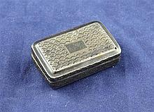 A George III silver vinaigrette, 1.5in.