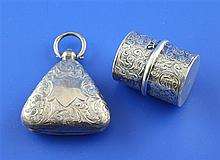 A Victorian silver cylindrical sovereign case and an Edwardian silver triangular sovereign case, 1.75in.