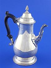 A late Victorian 18th century design bachelor's silver coffee pot, gross 9 oz.