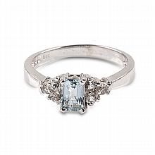 APP: 1.2k 14 kt. Gold, 1.20CT Aquamarine And White Sapphire Ring
