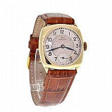 *Rare Collectible 1926 Solid Gold Art Deco Omega Cushion Men's Dress Watch (SI W020)