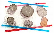 1975  U.S. Mint Uncirculated  Set Coin