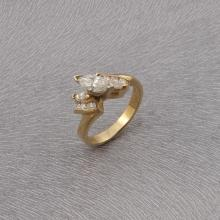 *Fine Jewelry 14k Solid Gold Ring With Diamond Ring (SI 40)