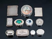 Lote de once cajitas de plata con tapas varias 242,4 g 6 cm