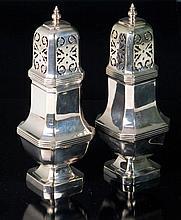 Lote de doce cajitas y pitilleras de plata 656 g 11 x 8,5 cm