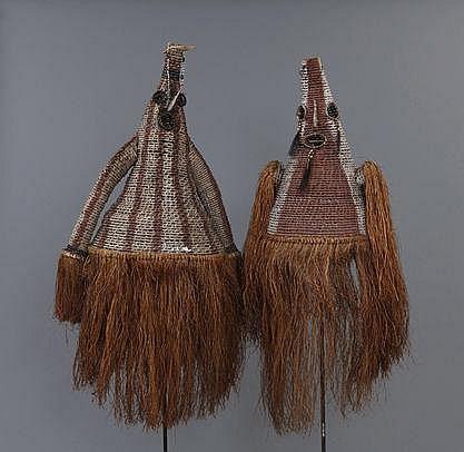 2 masques-costumes de fête Jipae en vannerie