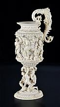 Importante coupe en ivoire sculpté ...