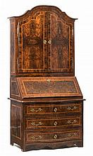Mobilier Cabinet scriban trois corps bernois