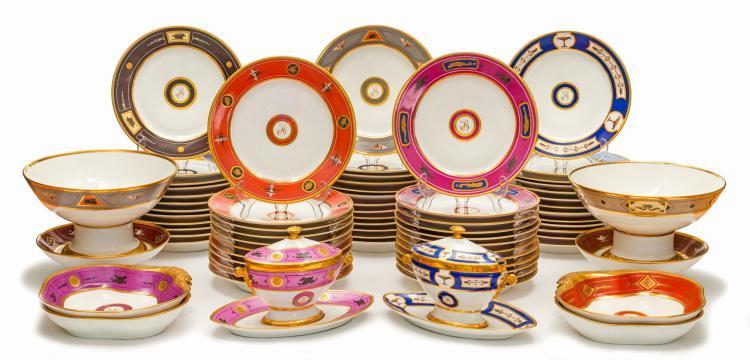 Service en porcelaine en porcelaine de Paris, Halley, XIXe, 91 pièces