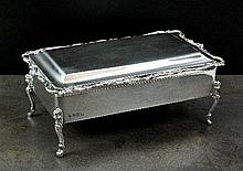 An Edwardian Irish silver box, Edmond Johnson Ltd,