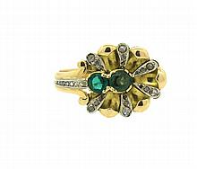 Antique 18k Gold Rose Cut Diamond Green Stone Ring