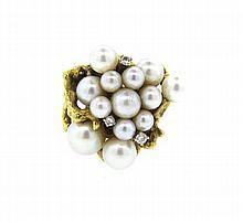 1970s 18k Gold Pearl Diamond Cluster Ring