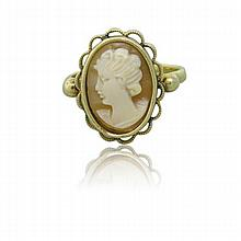 14k Gold Shell Cameo Ring