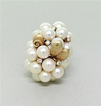 Vintage 14k Gold Diamond Pearl Ring