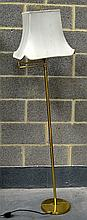A LARGE BRASS SWING ARM ADJUSTABLE FLOOR LAMP. 4Ft